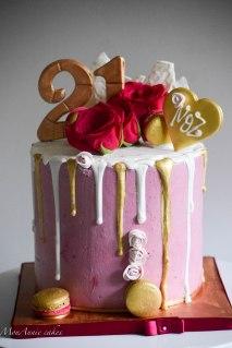 21st birthday drip cake 31