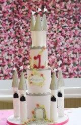 castle birthday cake 5