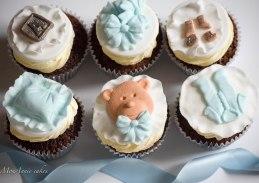 Christening cupcakes 1