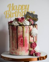 pink and gold floral drip cake