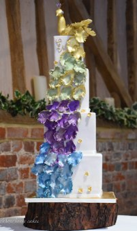 peacock wedding cake 4